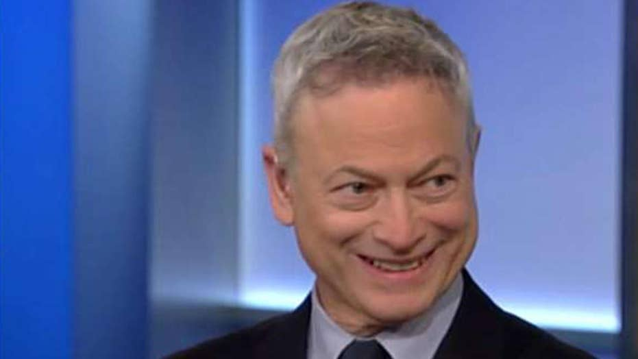 Actors thank Gary Sinise for all the work he does helping veterans