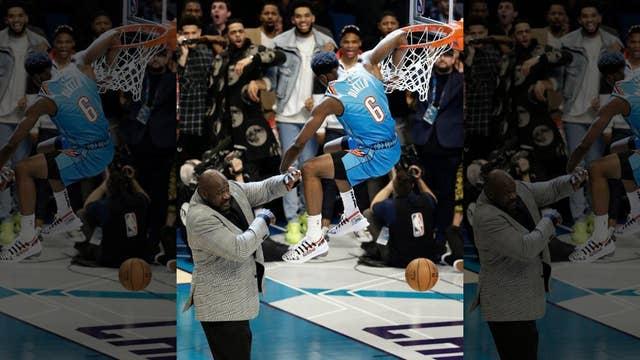 Oklahoma City's Diallo leaps over Shaq in dunk contest