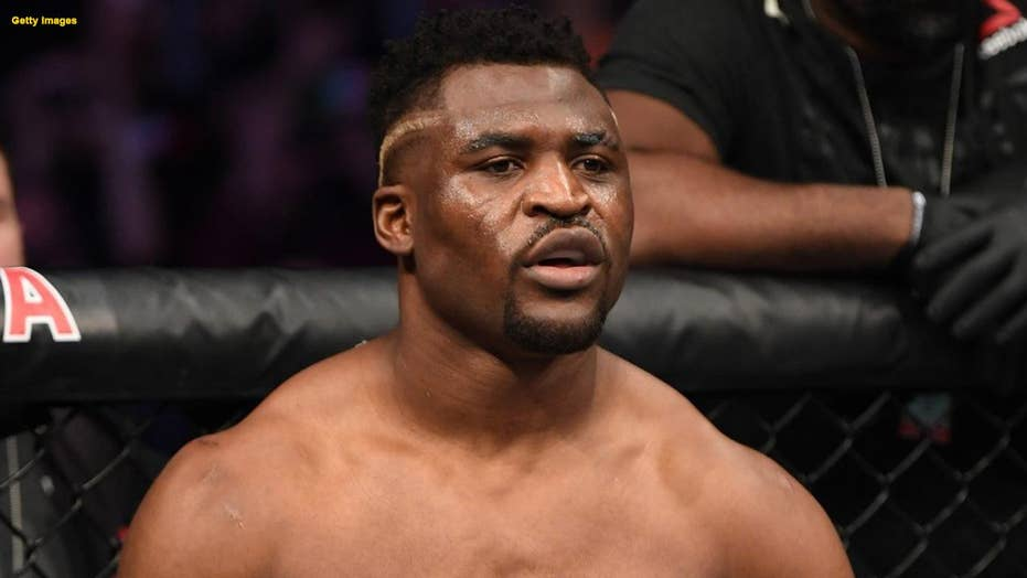 UFC's Francis Ngannou defeats Cain Velasquez in a matter of seconds
