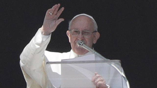 Pope Francis to host summit to tackle clergy abuse