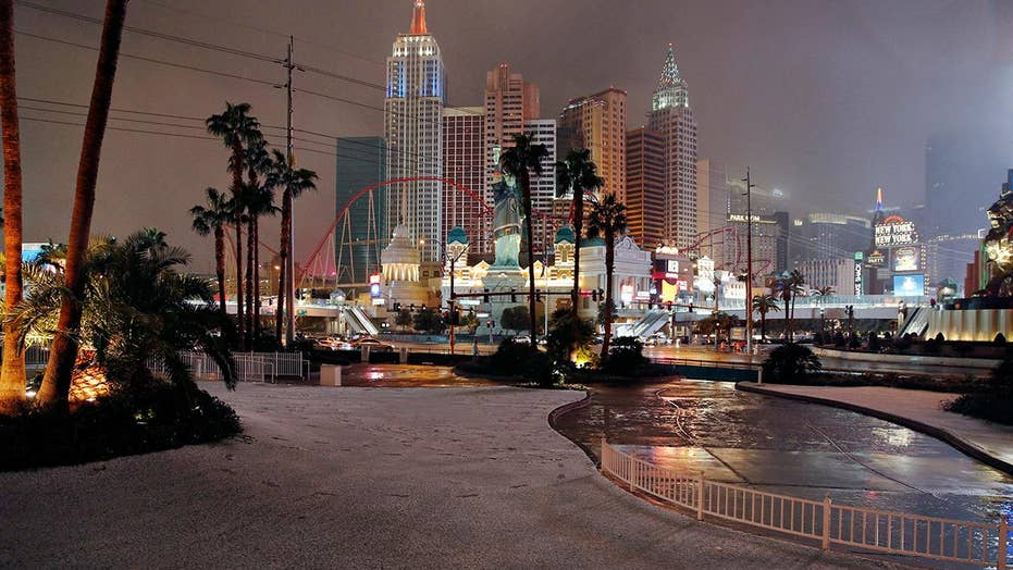 Snow falls in Las Vegas for second time in a week