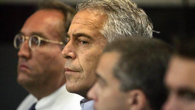 Judge rules prosecutors broke law in Epstein case