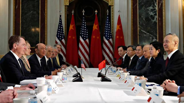 The US and China attempt to avoid a major trade escalation as deadline looms to avoid a tariff hike