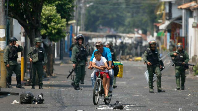 Venezuelan opposition leader Juan Guaido: We come from a place of peace, we do not want violence