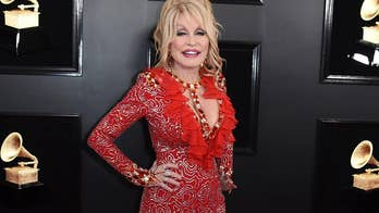 Dolly Parton honored by FBI for donation to Gatlinburg wildfires victims