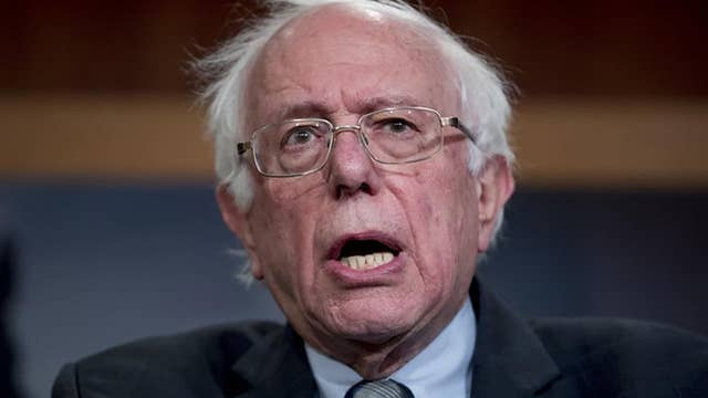 Bernie and the Jets: Sanders reportedly demanded private flights while campaigning for Hillary Clinton in 2016