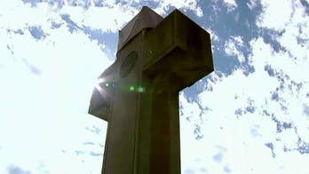 Supreme Court to hear WWI cross memorial case