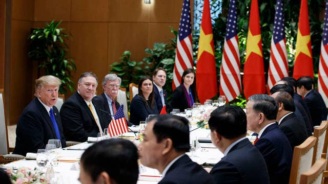 President Trump attends working lunch with Vietnamese prime minister