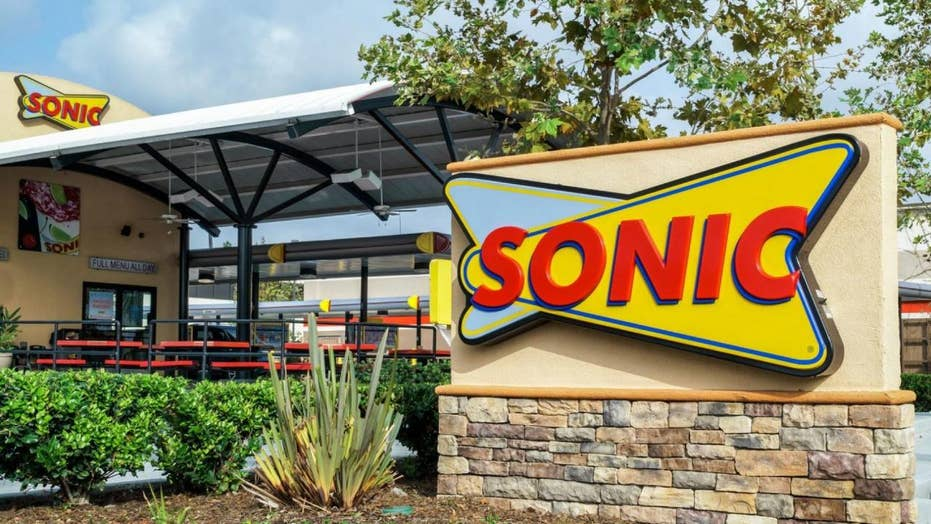3 Ohio Sonic drive-in locations stage massive walk-outs after new management takes over