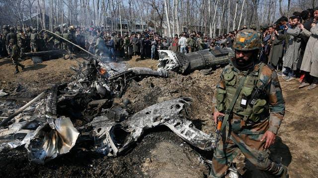 Pakistan shoots down Indian planes, captures pilots
