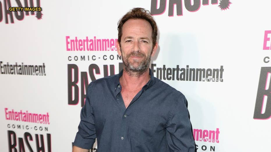 Famous friends react to the death of 'Beverly Hills, 90210' star Luke Perry