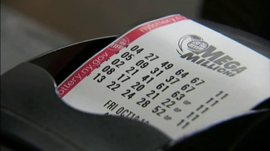 Winner of record-breaking lottery prize comes forward, remains anonymous