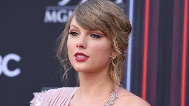 Taylor Swift 'informed enough' to talk politics