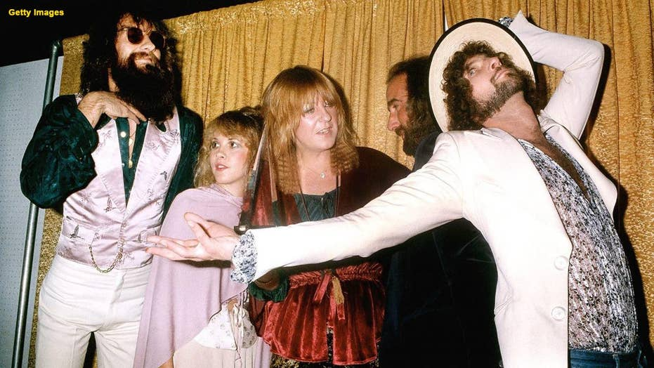 Why Fleetwood Mac booted singer-guitarist Lindsey Buckingham from the group