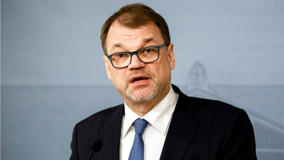 Finland's entire government resigns