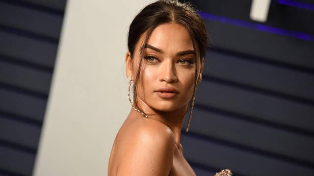 Victorias Secret Model Shanina Shaik Posts Nude Photo On -2239