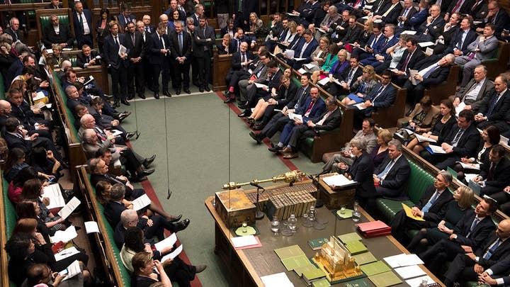 British Parliament rejects a 'no-deal' Brexit