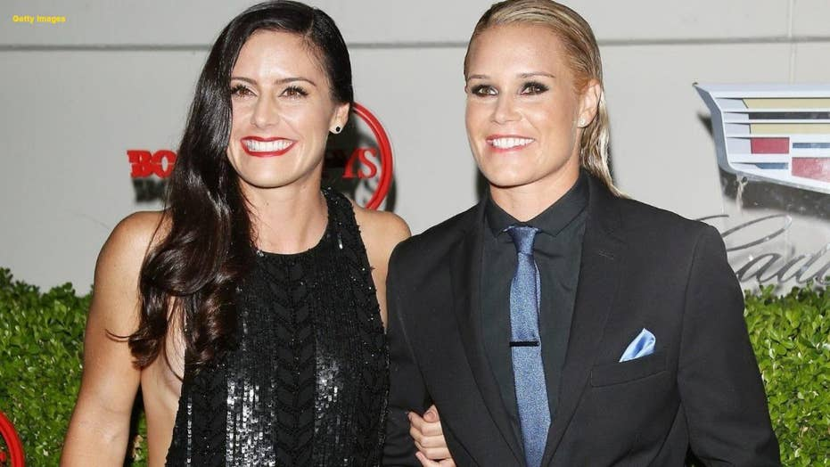 FIFA Women's World Cup champions, Ashlyn Harris and Ali Krieger are engaged
