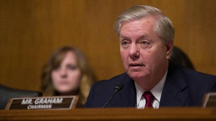 Graham sends ominous tweet to Comey: See you soon