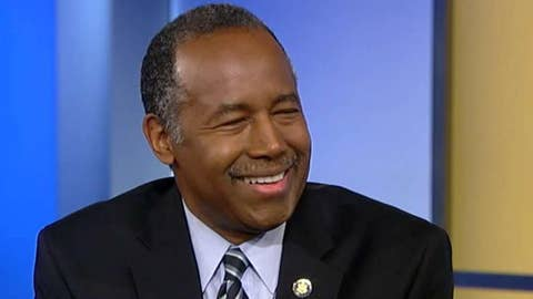 Carson: I've interacted with racist people, Trump is not one of them