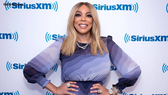 Wendy Williams' estranged husband calls cops on media outside New Jersey home