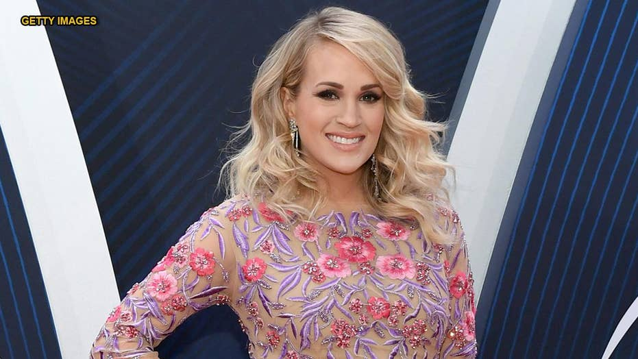 The secret to Carrie Underwood's awards show curls