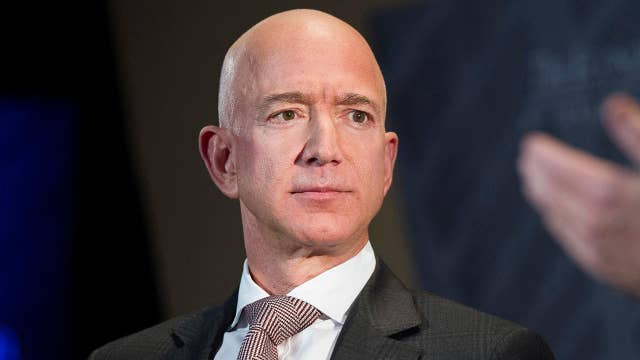 How did the National Enquirer get Jeff Bezos' texts?
