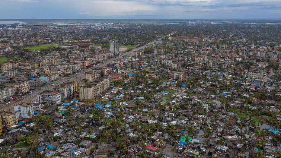 Hundreds feared dead in aftermath of Cyclone Idai