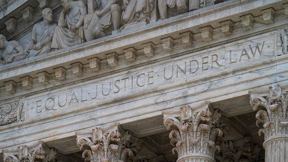 2020 Democrats pitch ideas to reform Supreme Court, Republicans hit back