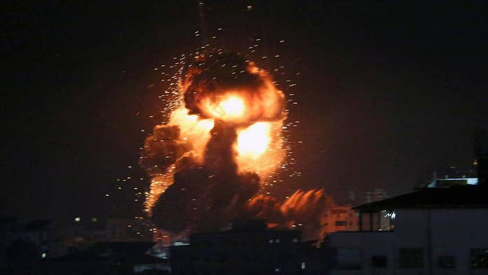 Reporter's Notebook: Rocket fire lands near Fox News crew as it reported on Israel-Hamas violence