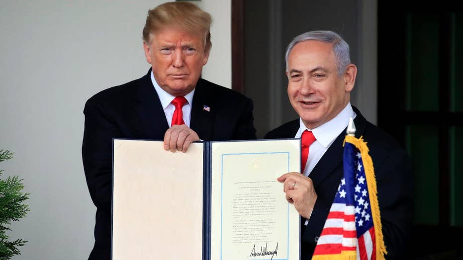 Trump signs executive order recognizing the Golan Heights as Israeli territory