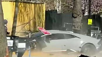 Lamborghini crashes into wall at supercar show in London