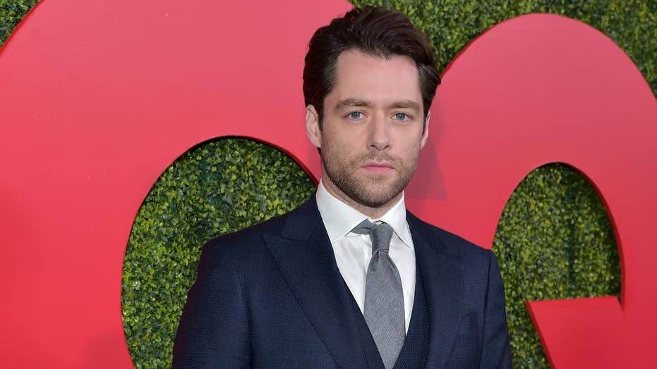 Actor Richard Rankin talks his new photography exhibit and teases 'Outlander's' upcoming fifth season