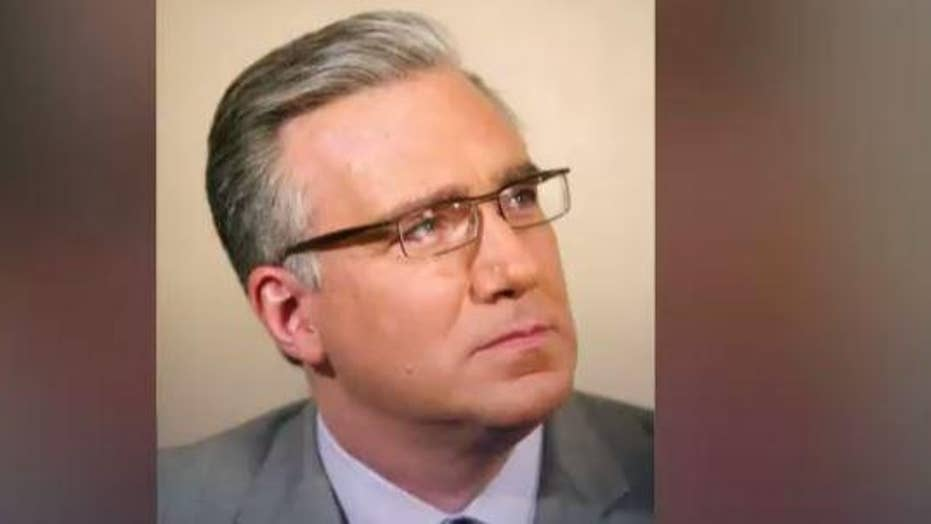 The 'Clarion-Ledger' fights back after Keith Olbermann criticized its story about a hunter killing a rare white turkey