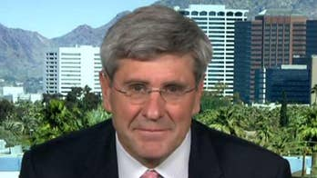 Steve Moore on Larry Kudlow calling for the Federal Reserve to 'immediately' cut interest rates