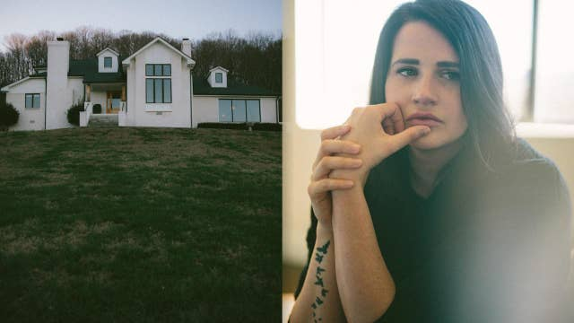 Worship leader retreated to a house on a hill and let her music heal her