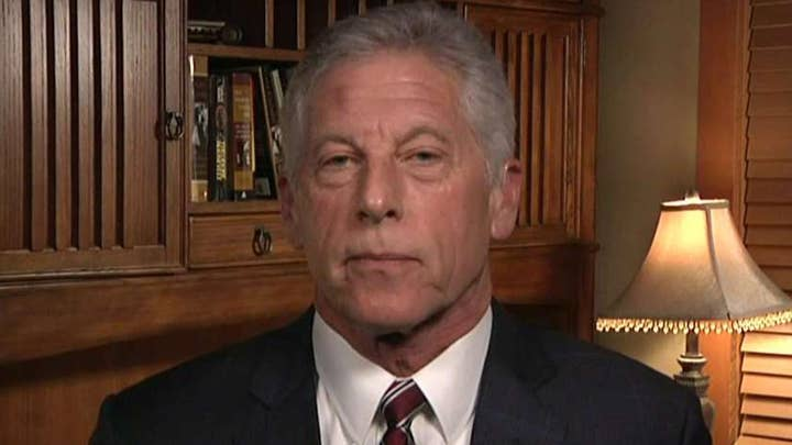 Mark Fuhrman offers new insight on high-profile murder cases exclusively on FOX Nation