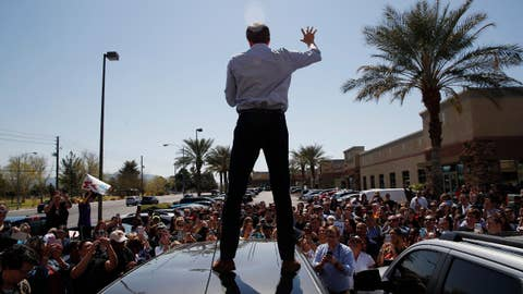 Beto O'Rourke kicks off his grassroots campaign in El Paso, TX