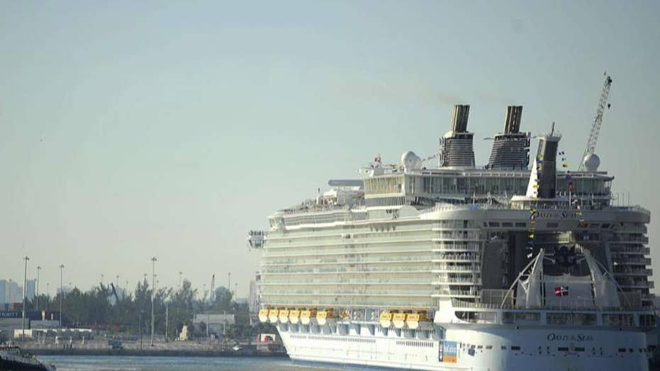 Crane collapses onto cruise ship in the Bahamas