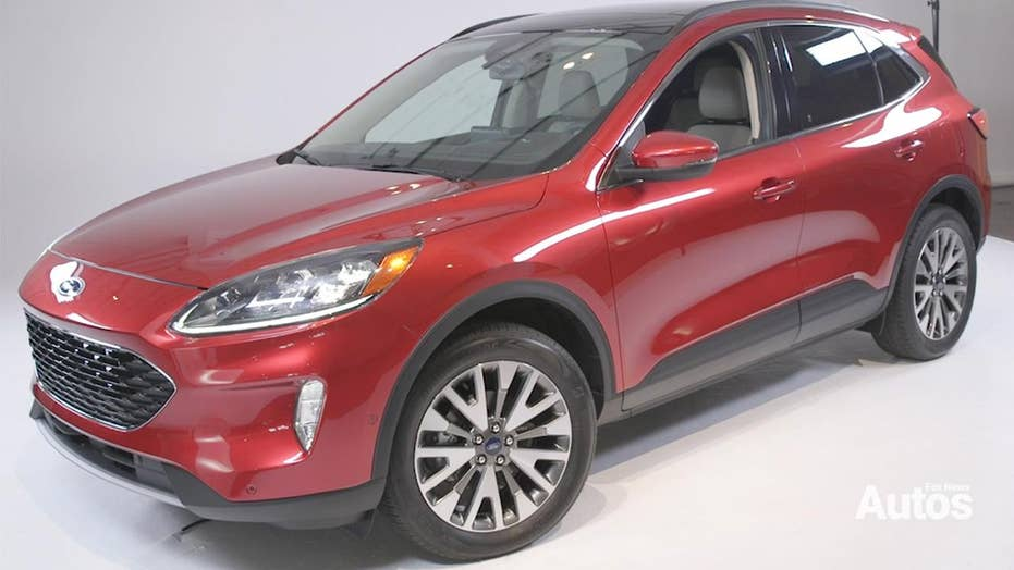 ford escape revealed   room  plug  hybrid power fox news