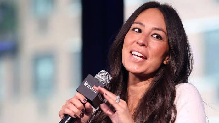 Former 'Fixer Upper' star Joanna Gaines announces second cookbook in Instagram post