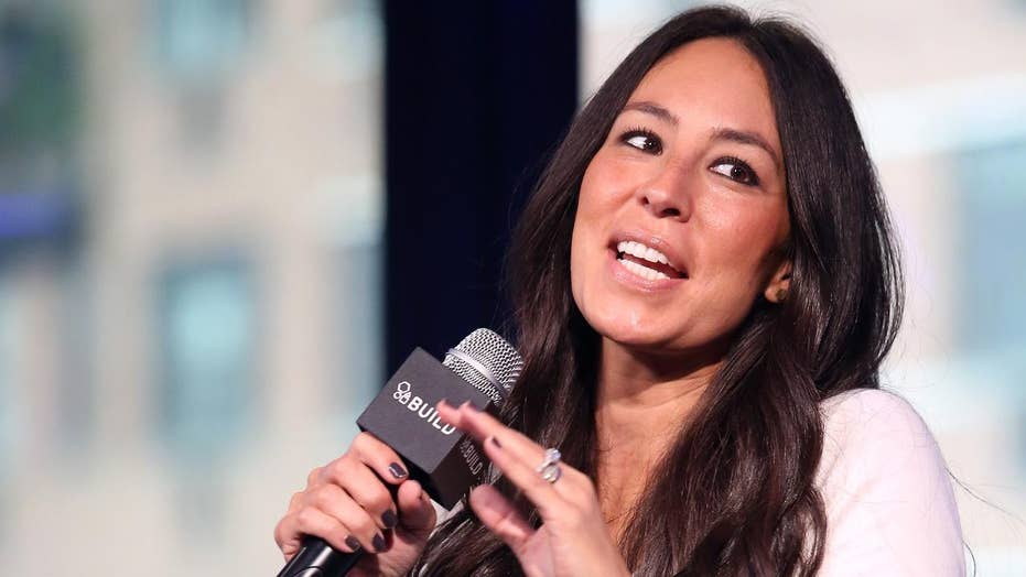 The trick to Joanna Gaines' glowing, natural makeup