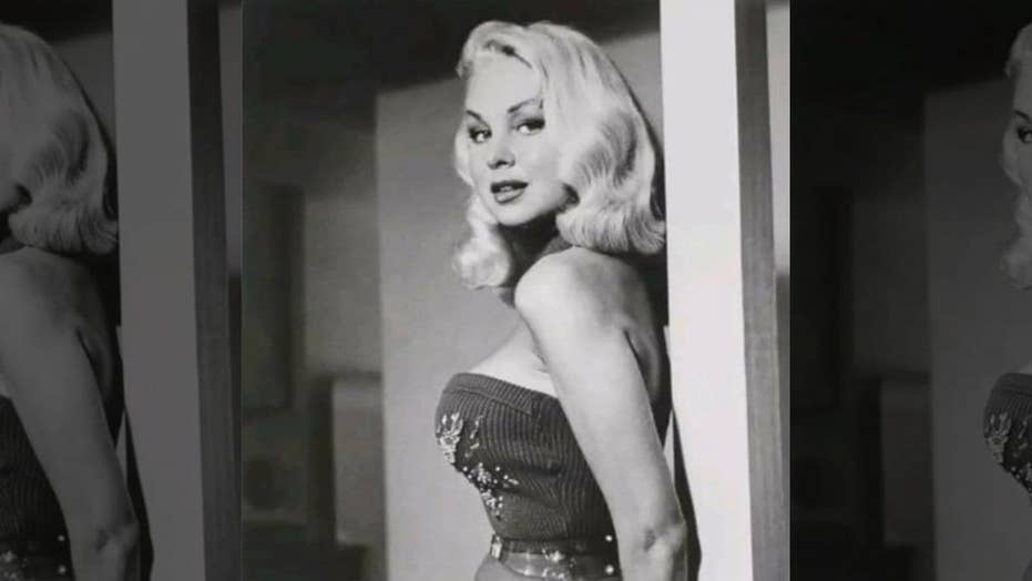 '50s actress Joi Lansing had secret romance with young starlet, regretted being a sex symbol, book claims