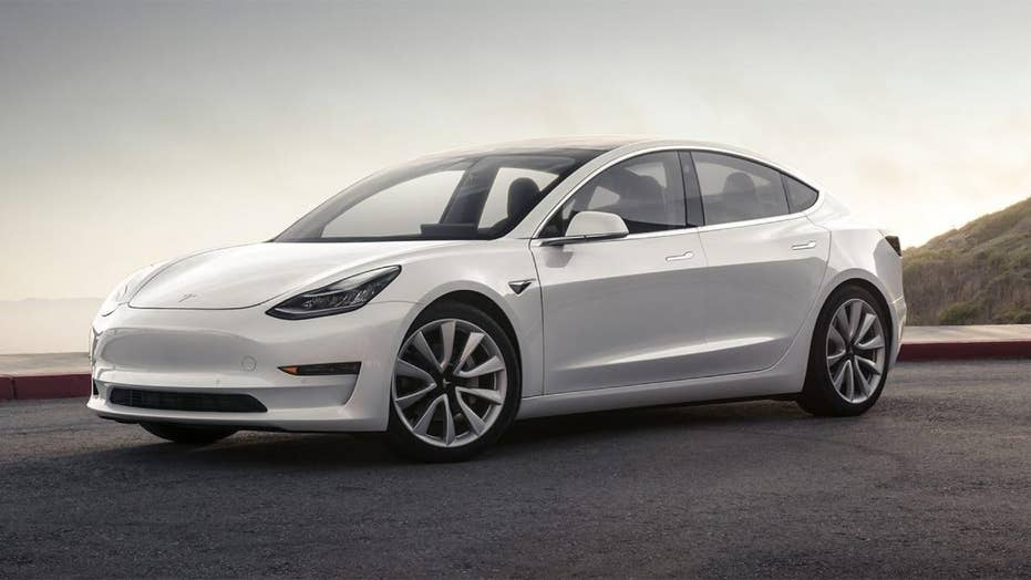 NHTSA expands investigation into this Tesla safety feature failure