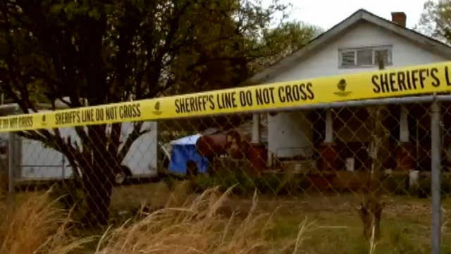 South Carolina men arrested after bodies of 2 women discovered buried at home, officials say