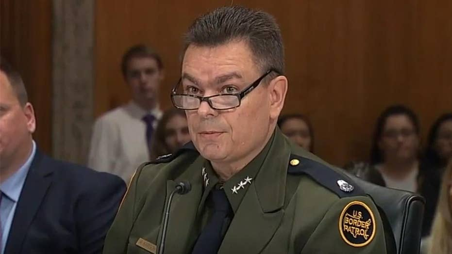 Border Patrol official describes caravan-size influx of migrants arriving in his sector every week