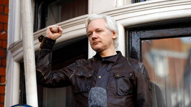 Assange vowing to fight extradition to US on computer hacking charge