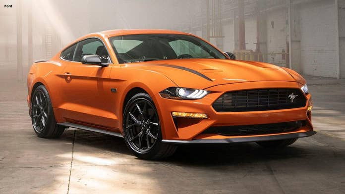 Ford cranks up the EcoBoost Mustang with new high performance package