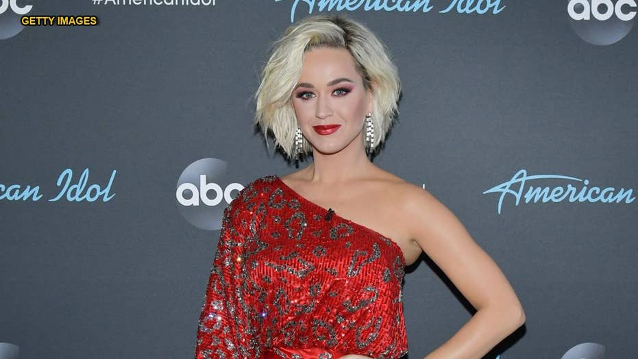 'American Idol' judge Katy Perry 'collapses' after contestant's steamy performance