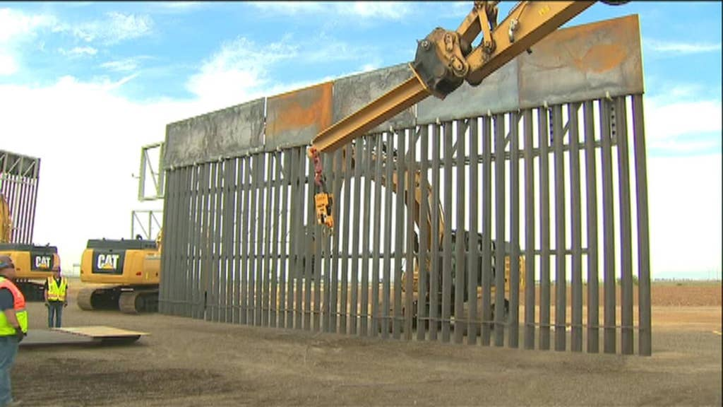 Pentagon approves $1.5B to build new stretch of border barrier